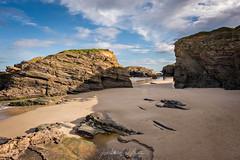 Playas de Las Catedrales (Lagier01) Tags: costas españa lugo playadelascatedrales viajes mar agua arena paisaje travel landscape