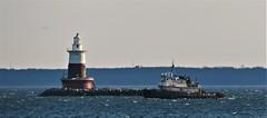 Mister T at Green's Ledge Light (caboose_rodeo) Tags: 27612 boat tug longislandsound norwalkct aidtonavigation lighthouse winter rowaytonct