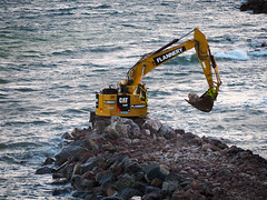 A path to the sea. (HivizPhotography) Tags: cat 335f l cr caterpillar excavator digger digging construction north northsea harbour granite scotland aberdeen ahep infrastructure flannery