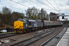 37423 + 37405 - Norwich - 19/12/18. (TRphotography04) Tags: direct rail services drs 37423 spirit lakes 37405 arrive norwich with 2p17 1117 great yarmouth noriwch