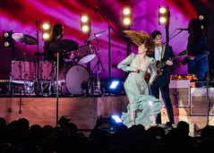 Florence and the Machine 12/09/2018 #7 (jus10h) Tags: florence welch themachine florenceandthemachine theforum forum inglewood losangeles california live music concert festival fest kroq almost acoustic christmas sunday december 9 2018 justinhiguchi sony dscrx10 dscrx10m3