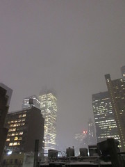 IMG_5066 (Brechtbug) Tags: 2018 november evening blizzard snow storm hells kitchen clinton near times square broadway nyc 11152018 new york city midtown manhattan snowing storms snowstorm winter weather building fog like foggy hell s nemo southern view ny1snow