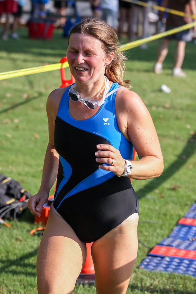 70622eb1db18d 2011 hvsprint 1279 (cornholio at titicacca) Tags  triathlon triathlete  trajedebaño onepieceswimsuit swimsuit briefs legs female woman sports