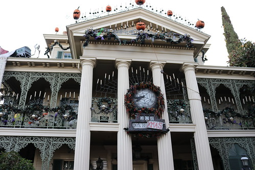 "Haunted Mansion Holiday • <a style=""font-size:0.8em;"" href=""http://www.flickr.com/photos/28558260@N04/32171568108/"" target=""_blank"">View on Flickr</a>"