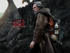 lukeDX_006a (siuping1018) Tags: hottoys disney siuping starwars thelastjedi luke rey photography actionfigures onesixthscale toy canon 5dmarkii 50mm