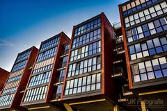 Hamburger Architektur (fotografie-jk) Tags: hamburg architektur hafen wasser speicherstadt photooftheday amazing rot cool instagram facebook gros modern elbe hafencity bunt