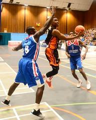 DSC_6697 (grahamhodges3) Tags: basketball bbl bbltrophy worthingthunder londoncityroyals worthingleisurecentre