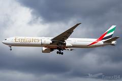 A6-EBC | Emirates | Boeing 777-36N(ER) | BUD/LHBP (Tushka154) Tags: hungary 777 spotter ferihegy budapest 77736ner boeing emirates 777300 a6ebc aircraft airplane avgeek aviation aviationphotography boeing777 boeingtripleseven budapestairport lhbp lisztferencinternationalairport planespotter planespotting spotting tripleseven