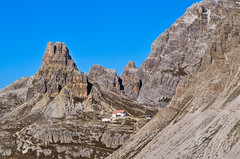 3 Cime di Lavaredo (Cefax) Tags: alpi dolomiti laghideipiani trecimelavaredo trecime 3cime 3cimelavaredo dreizinnen 3zinnen 3zinnendolomites italy italia unesco montagna nature fotodimontagna rifugioauronzo rifugiolocatelli panorama landscape landscapephotography