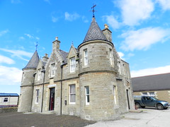 Castletown Drill Hall, Castletown, Caithness, Aug 2018 (allanmaciver) Tags: castletown drill hall caithness sutherland scotland corps volunteer artillery 1892 impressive mansion local events style architecture allanmaciver