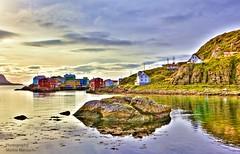 Nyksund bay (mansachs) Tags: nordland nyksund vesterålen nordnorge northernnorway norge norway houses atlanticocean landscape seascape stone greatphotographers