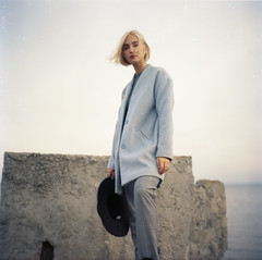 img002 (Leon-ars) Tags: portrait girl beauty film mediumformat 120film 6x6 yashica autumn portra kodak analog color