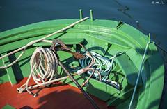 Waiting for the exit. Esperando la partida (A. Muiña) Tags: bote lancha boat aperos tools herramientas ancla anchor color colour agua water airelibre freshair marina seaphotography nikon nikond800 tamron70200