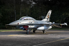 FA-24 - Belgium Air Force F-16   KB (Karl-Eric Lenne) Tags: fa24 belgianairforcedays2018 belgianairforce f16b lockheedmartinf16 bafdays runway staticdisplay fighterjet military airforce