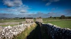 Country lane (Phil-Gregory) Tags: hartington nikon d7200 tokina tokina1120mmatx wideangle ultrawide superwide countryside barn dovedale milldale peakdistrict nationalpark cloudscape clouds sky scenicsnotjustlandscapes landscapes imagesofengland