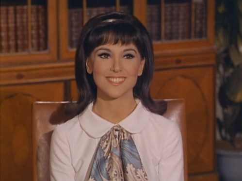 "Marlo Thomas, That Girl, ""Christmas and the Hard-Luck Kid,"" 1966"