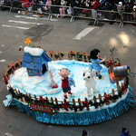 2018 Macy's Thanksgiving Day Parade - Snoopy's Doghouse thumbnail