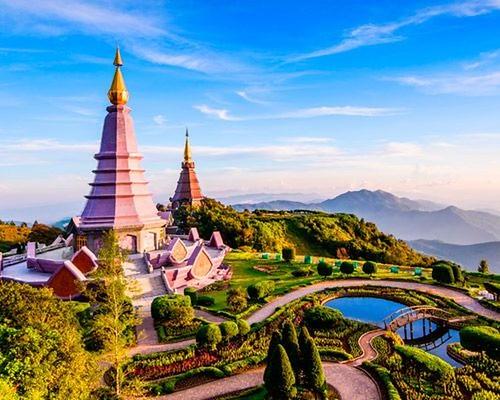 KOMBIREISE THAILAND⠀ CHIANG MAI UND HUA HIN URLAUB⠀ ⠀ Am 9.1.2019 ab München um 8.40 Uhr, an Chiang Mai um 6 Uhr. Achtung! Check-in erst nachmittags. ⠀ ⠀ 4 Nächte im Holiday Inn Chiangmai (ÜF). Anschließend 9 Nächte im Anantara Resort Hua Hin (HP). ⠀ ⠀ Am