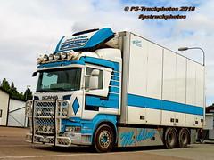 IMG_1421 SCANIA_R560_V8 HIGHLINE ARNE_MOHLINS MOHLINS pstruckphotos (PS-Truckphotos #pstruckphotos) Tags: scaniar560v8 highline arnemohlins mohlins pstruckphotos pstruckphotos2018 truckphotographer lkwfotos truckpics lkwpics sweden schweden sverige lastbil lkw truck lorry mercedesbenz newactros truckphotos truckfotos truckspttinf truckspotter truckphotography lkwfotografie lastwagen auto