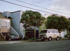 Sunset District // San Francisco (bior) Tags: pentax645nii pentax645 pentax 645 mediumformat 120 cinestill50d cinestill sanfrancisco sunsetdistrict volkswagen microbus vanagon transporter type2 caravelle t3 street