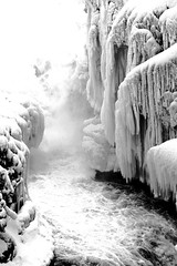 IMG_5014-2 (andréechevalier) Tags: noir et blanc glace hiver eau rivière rawdon québec chute