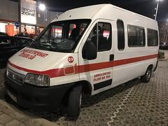 Fiat Ambulancia - Ambulance Vehicle - Portimão, Portugal - January 2019 (firehouse.ie) Tags: ambulancias flordaria naourgentes portugal fiat algarve krankenwagen ambulancia ambulans ambulanza ambulances ambulance