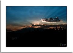 """Au dessus des Cîmes """"Carlit"""" (capo.jeanclaude) Tags: magic eye mordus de photos flickr simply amateur photo france pyrenees orientales carlit lac nuages lumieres lever soleiil occitanie 2000 non limits"""