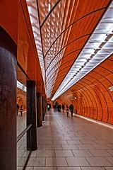 A tube (garden.of.delight..) Tags: mirror farbe colour underground subway ubahn münchen munich bayern bavaria deutschland germany