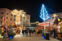 German Christmas Market (Baker_1000) Tags: 2018 bristol christmas market christmasmarket germanmarket german germanchristmasmarket broadmead night autumn longexposure nikond90 nikon d90 raw