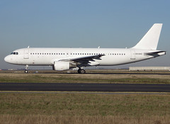 ES-SAO, Airbus A320-214, c/n 936, no titles (MYX-Tallinn Cat-SmartLynx Estonia), CDG/LFPG 2018-12-25, taxiway Bravo-Loop. (alaindurandpatrick) Tags: myx tallinncat smartlynx smartlynxestonia airlines essao cn936 a320 a320200 airbus airbusa320 airbusa320200 minibus jetliners airliners cdg lfpg parisroissycdg airports aviationphotography