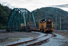 Crossing the Conemaugh (Wheelnrail) Tags: cbl conemaugh black lick train trains emd sw8 locomotive rails switcher bridge truss johnstown pa pennsylvania sunrise 111 shortline shortlines