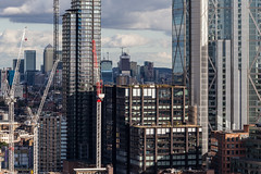 Principal Place and Canary Wharf (Gary Kinsman) Tags: canon70300mm canon5dmkii canoneos5dmarkii telephoto zoom compression 2018 ec1 oldstreet shoreditch london cityoflondon whitecollarfactory architecture urbanlandscape urban glass steel tower highrise skyline skyscraper view openhouse openhouselondon principalplace principaltower canarywharf broadgatetower cranes construction onecanadasquare royallondonhospital 8canadasquare 25canadasquare 1bankstreet heronquayswest landmarkpinnacle