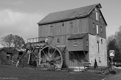 Wade's Mill, Raphine, Virginia (davekrovetz) Tags: virginia raphine mill pentax pentaxk70 countrylife history historic monochrome