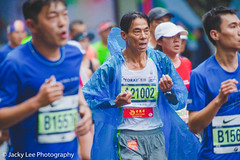 LD4_9449 (晴雨初霽) Tags: shanghai marathon race run sports photography photo nikon d4s dslr camera lens people china weekend november 2018 thousands city downtown town road street daytime rain staff