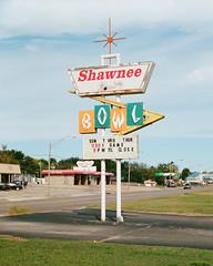 Shawnee Bowl (Travis Estell) Tags: shawneeonfilm pottawatomiecounty oklahoma vintagesign googie thedarkroomlab canonae1 bowlingalley shawnee kodakportra400 oklahomaonfilm unitedstates