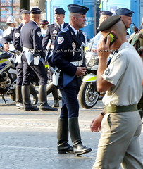 "bootsservice 18 800821 (bootsservice) Tags: uniforme uniformes uniform uniforms bottes boots ""riding boots"" motard motards biker motorbiker gants gloves police policier policiers policeman policemen parade défilé ""14 juillet"" ""bastilleday"" ""champselysées"" paris"