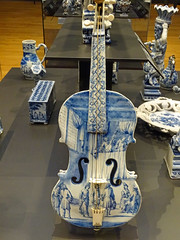 Violin (faience) (Beyond the grave) Tags: art faiance violin rijksmuseum netherlands holland amsterdam