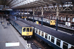 Manchester Piccadilly (ee20213) Tags: manchesterpiccadilly brblue class506 class104 dmu britishrail emu mk1 br