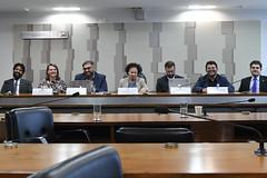 CDH - Comissão de Direitos Humanos e Legislação Participativa (Senado Federal) Tags: cdh audiênciapública redessociais disseminação informaçãofalsa ataque direitoshumanos paulorenádasilvasantarém biabarbosa diogorais senadorareginasousaptpi pedrohartung aderbalbotelholeiteneto thiagotavares brasília df brasil bra