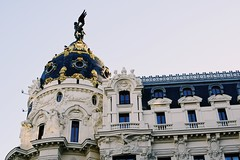 (Kristen Leary) Tags: madrid spain españa europe europetravel landmark landscape landscapephotography nikon nikond3300 nikonphotography world explore adventure places youngphotographer photographer photography building city granvía