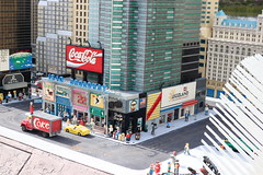 """Lego Miniland New York City • <a style=""""font-size:0.8em;"""" href=""""http://www.flickr.com/photos/28558260@N04/44494989590/"""" target=""""_blank"""">View on Flickr</a>"""