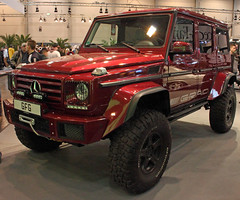 G500 (Schwanzus_Longus) Tags: essen motorshow german germany modern car vehicle mercedes benz 4x4 awd 4wd suv offroad offroader g class klasse wagen wagon g500 cfg mbh