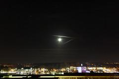moon & mars / @ 24 mm / 2018-11-14 (astrofreak81) Tags: crescentmoon moon luna mond planet mars stars tree light night sky dark konjunktion konstellation dresden 20181114 sylviomüller sylvio müller astrofreak81