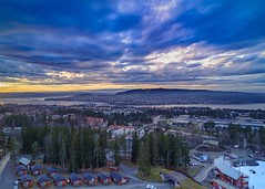 Östersund, Sweden (Rickard Brandt) Tags: mountain view calm norrland town city water sunset sweden östersund