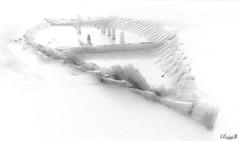 Bateau fantôme en baie de Douarnenez (Assouende) Tags: bateaux chalutier épave plomodiern bretagne france fr