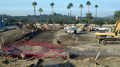 (Rich T. Par) Tags: pomona phillipsranch socal southerncalifornia losangelescounty lacounty constructionsite california palmtrees tree road suburb dirt civilengineering tubes excavator tractor heavyequipment pipes sky watertruck trench frontloader backhoe backhoeloader loaderbackhoe digger drill drillingmachine drillingtruck