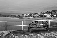 Helensburgh Pier (Joe Son of the Rock) Tags: helensburgh pier helensburghpier riverclyde firthofclyde gareloch blackandwhite monochrome bench clydestreet westclydestreet