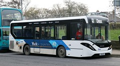 Transdev York 726 YX18KZF calls at Selby Bus Station with a 42 service to Drax. (Gobbiner) Tags: 726 york e200mmc yorkcountry adl yx18kzf transdevyork 42 enviro selby drax