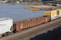 MP 651133 (imartin92) Tags: pinole california unionpacific railroad railway freight train missouripacific mopac gondola