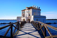 DSC01156 (rinuccio1983) Tags: blue sky love lovely lake sea water juvemerda peace bridge history house palace home sony nature natural
